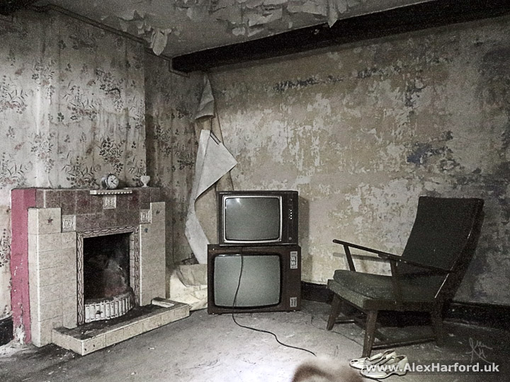 Inside Abandoned Semi-Detached Houses in Cheshire