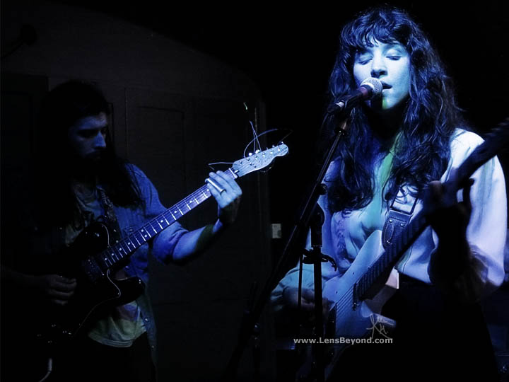 Widowspeak live at Birmingham's Victoria Pub, UK: Robert Earl Thomas and Molly Hamilton