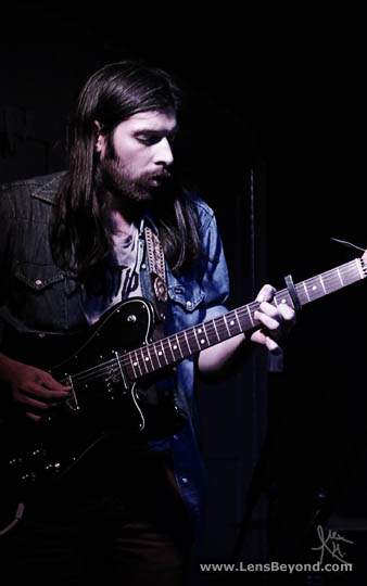 Robert Earl Thomas, Widowspeak guitarist